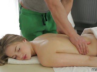 Natural cutie with sexy Bristols Milana Fox turns massage into brutal sex