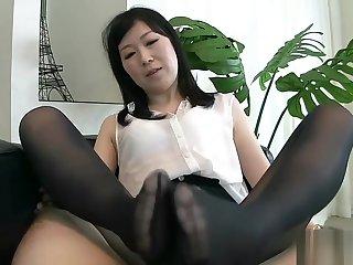 japan footjob 2