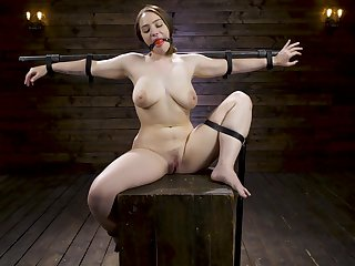 BDSM and a slave role is amazing experience at hand Hadley Mason