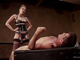 Mistress fucks her male slave in rough conduct