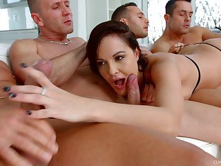 Ultimate blowbang video featuring skilled sucking dope-fiend Dolly Diore