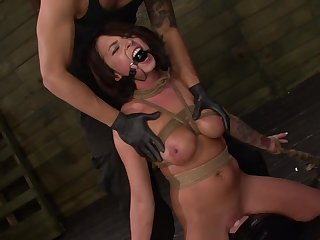 Gagged babe handles the detect in perfect BDSM scenes