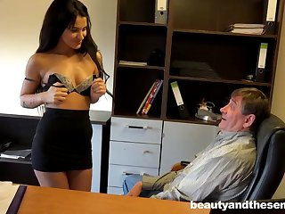 Rich older boss gives monet everywhere his secretary Bella of a quickie