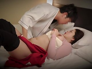 Japanese BBW massage psychologist and client have sex Subt