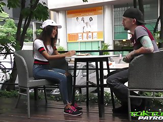 Libidinous Thai student Mint gets intimate far barely known chap