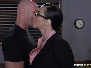 Ariella Ferrera with glasses enjoys having passionate rendezvous sex